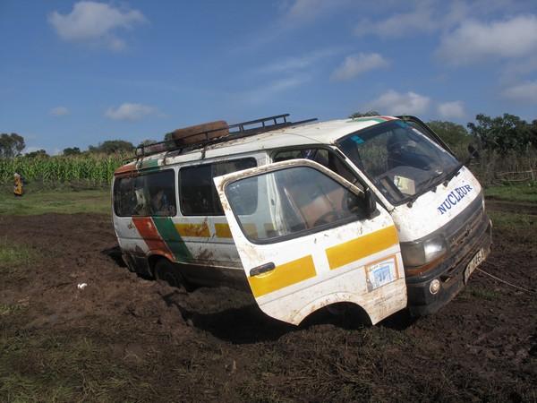 Avventure in Kenya col fango